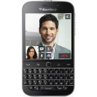 Pametni telefon BLACKBERRY Q20 črn